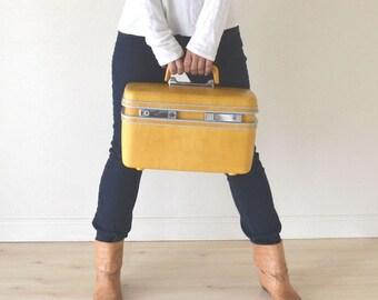 1960s Mustard Yellow Samsonite Mini Luggage Make-up Train Case