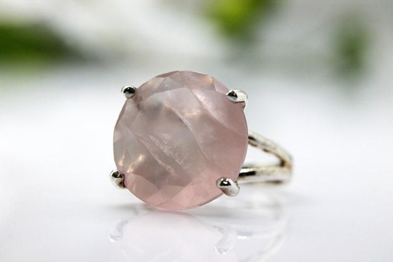 Rose quartz ring,silver ring,gemstone ring,love gemstone ring,girlfriend gifts,cocktail ring