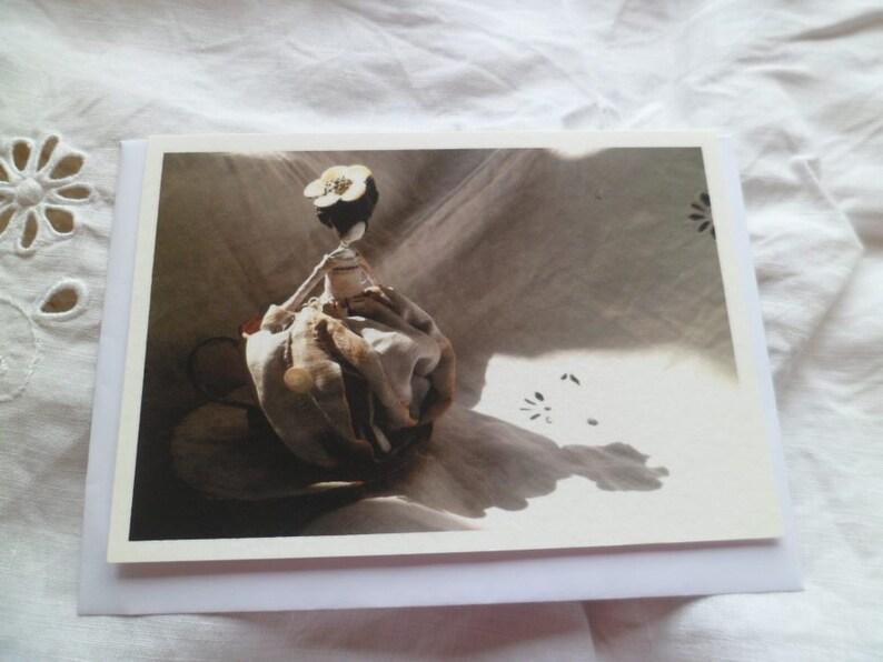 Figurine greetings card image 0