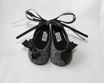 Soft Soled Baby Booties DOTTIE BLACK-Infant Black, Grey, Polka Dot, Fabric,