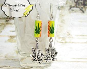 420 Earrings, Pot Leaf Earrings, Paper Bead Earrings, Marijuana Earrings, Rasta Earrings, Pot Smokers Gift, Stoner Gift, Stoner Accessory