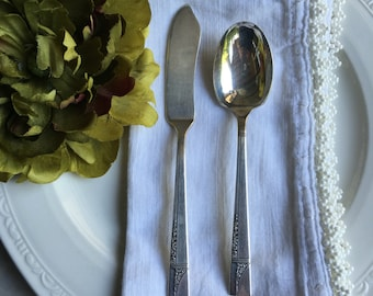 Oneida Caprice Sugar Spoon / Master Butter Knife 1937 Vintage Silverplate Nobility Silver Plate ~ #A2576
