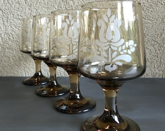 Pfaltzgraff Village Goblets Glasses Brown Etched Pedestal Vintage Set (4) - #D2024