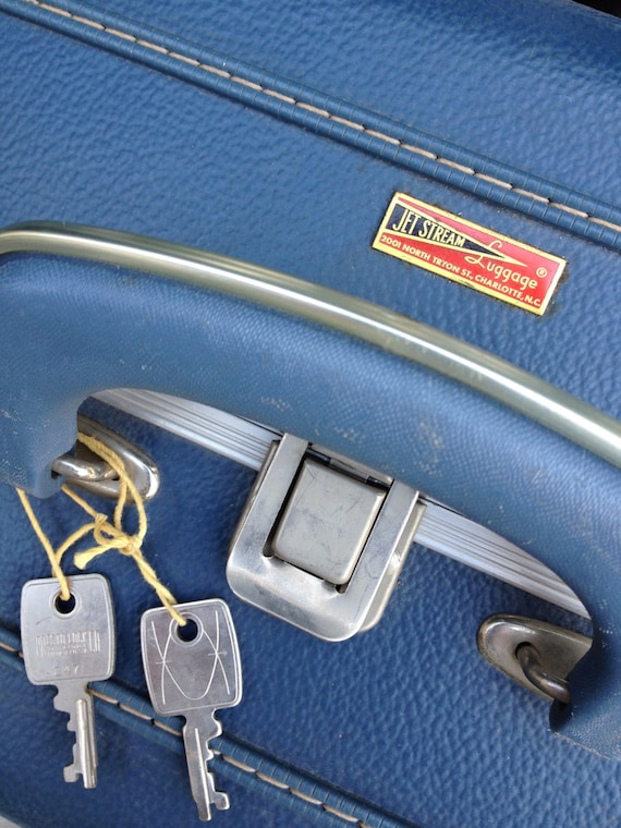 Vintage Blue Suitcase, Vintage Blue Jet Stream Sui