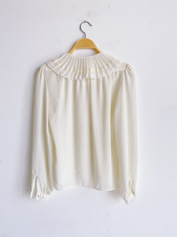 70s 80s Sheer Ivory Blouse with Pleated Oversized… - image 7