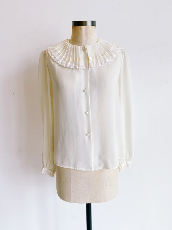 70s 80s Sheer Ivory Blouse with Pleated Oversized… - image 2