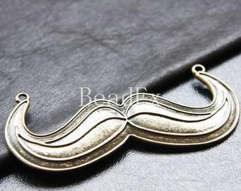 1pc / Moustache / Pendant / Antique Brass Tone / Base Metal / Charms (CB19//H202)