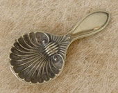 TEA CADDY SPOON Silver Plate English Victorian Clam Shell Ribbed Bowl Copy of William Devenport Original Mixing Spoon 1899 Free Shipping