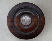 GEORGIAN LIDDED BOX Lignum Vitae Hardwood Round Hourglass Snuff Concentric Circular Pattern Silver Coin Aged Patination Old Treenware 1800 39 s