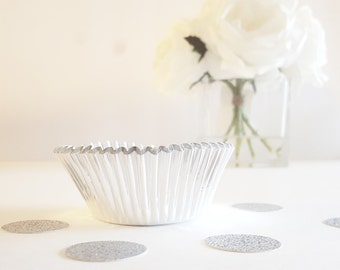 24 Silver Cupcake Papers: Metallic Cupcake Wrappers, Bridal Shower, Bachelorette Party, Winter, Standard Cupcake Size, Party Decorations