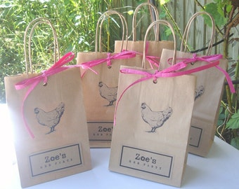 Hen party bags set of 5 SMALL (15cm x 19.5cm x 8cm) with hen print and Raffia paper ribbon