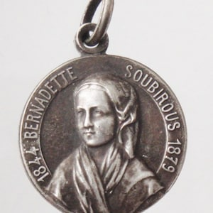 Saint Anne Vintage Sterling Religious Medal Pendant on 18 inch sterling silver rolo chain