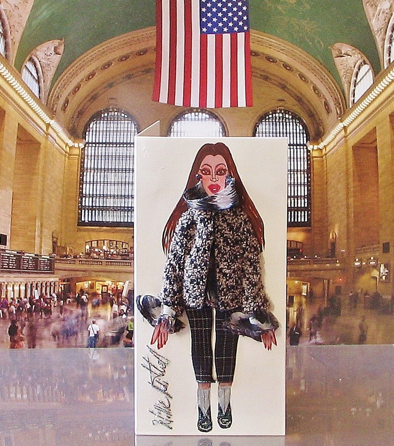 The New York Contemporary Card Collection 2019 Edition Small 3-D Fashion Greeting Card