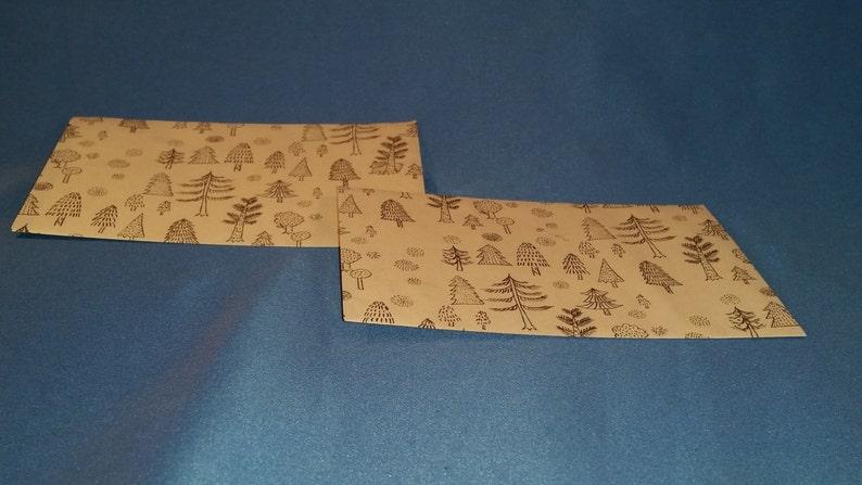 6 4-Bar Newsprint Forest Envelopes with Notecards