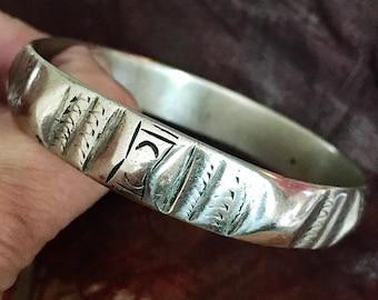 Old Berber bracelet bangle from S. Morroco