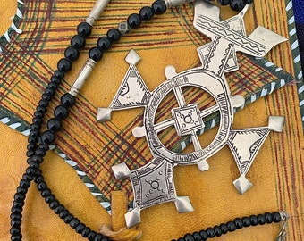 Tuareg Silver Compass Cross with Tifinag at the back, Beaded Black glass & silver Necklace, L 8.5 cm