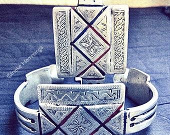 Pair of Berber Enamel Anklet or Upperarm Bracelets, 'Khal Khal'
