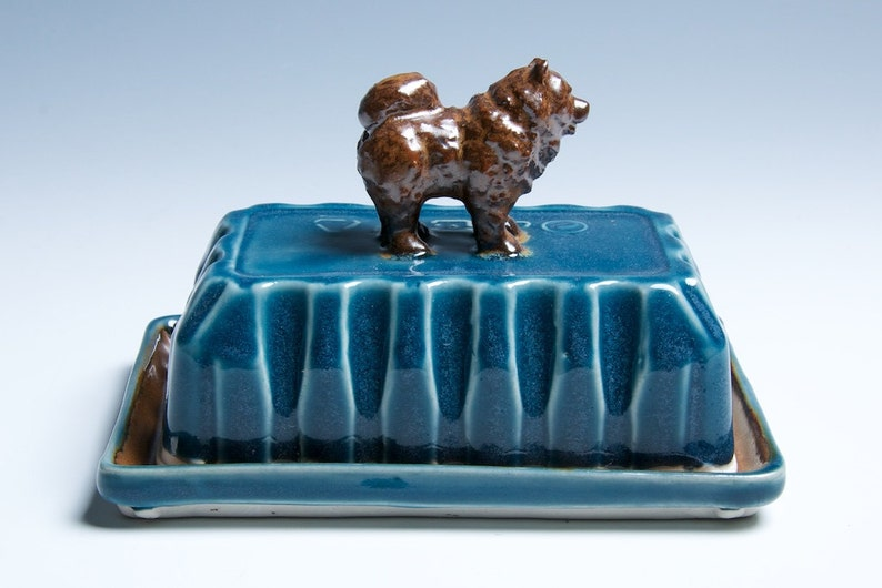 Chow Porcelain Ceramic Butter Dish / Blue and Brown image 0