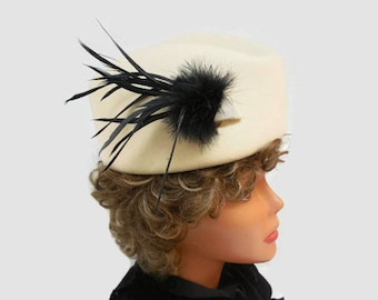 Italian Ivory & Black Oval Boat-Shaped Hat, Sophisticated Feather-Trimmed Hat, Morgan Taylor Wool Hat, Cocktail Hat, Vintage Woman's Hat