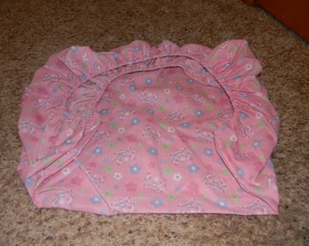 Pink Poleyester Flower and Butterfly Pack and Play Sheet