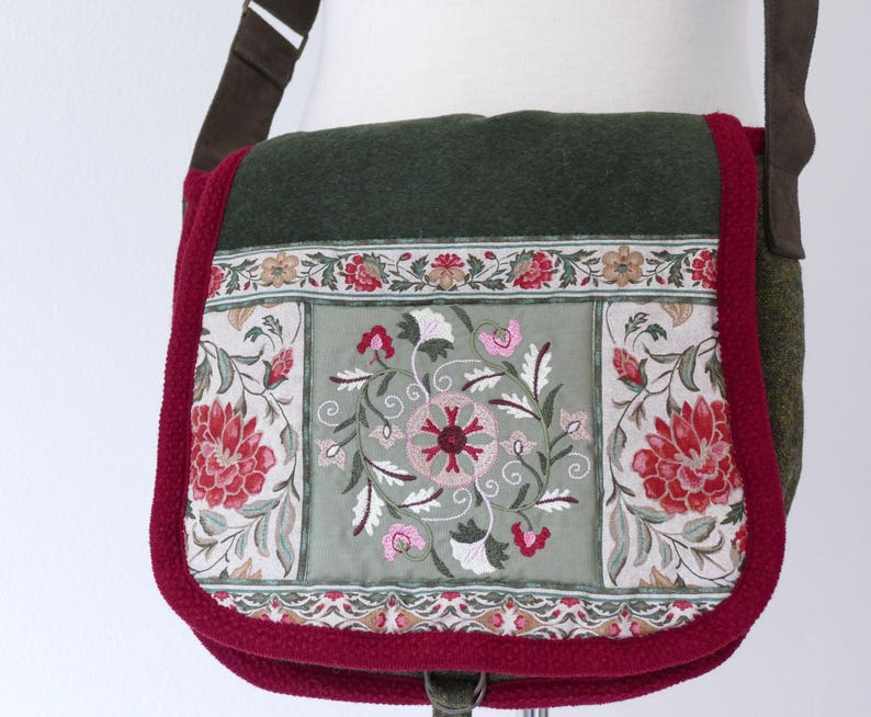 Green Embroidered Flower Bag. image 0