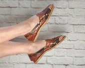 Vintage 70s Woven Leather Sandals Huaraches Flats Slip-Ons 7.5 Brown Southwestern Mexican NOS