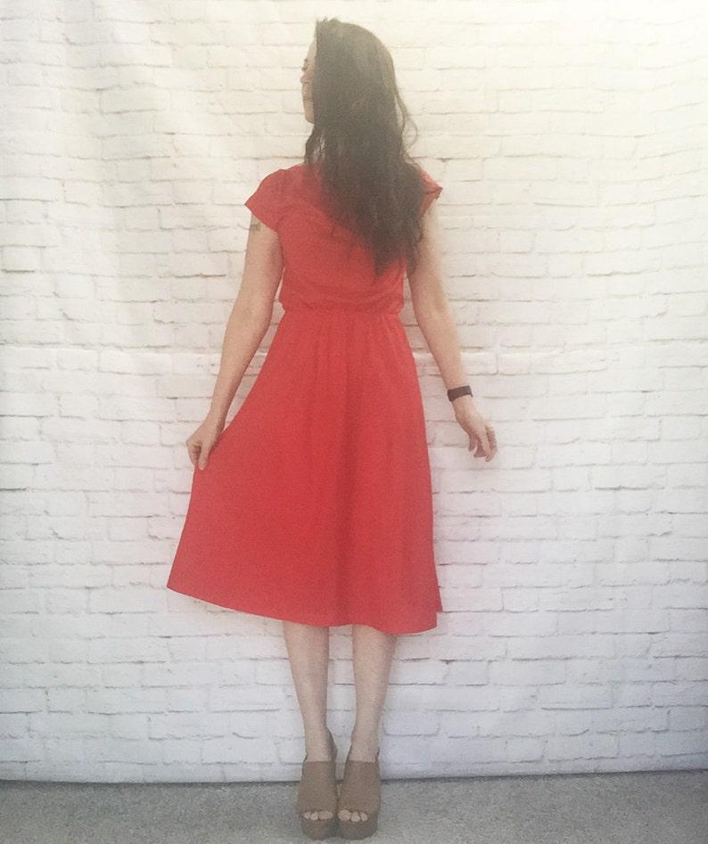 Vintage 70s Red Striped Cap Sleeve Dress Knee Length