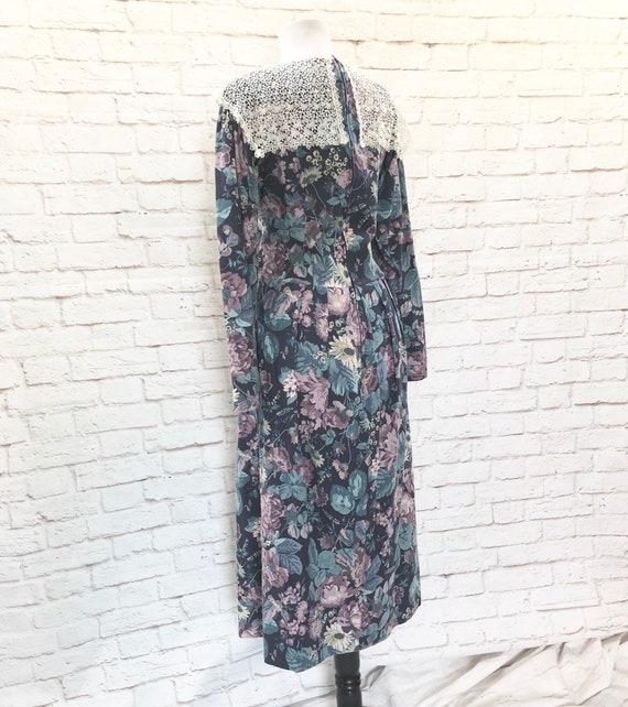 Vintage 80s Laura Ashley Lace Sailor Collar Flora… - image 7