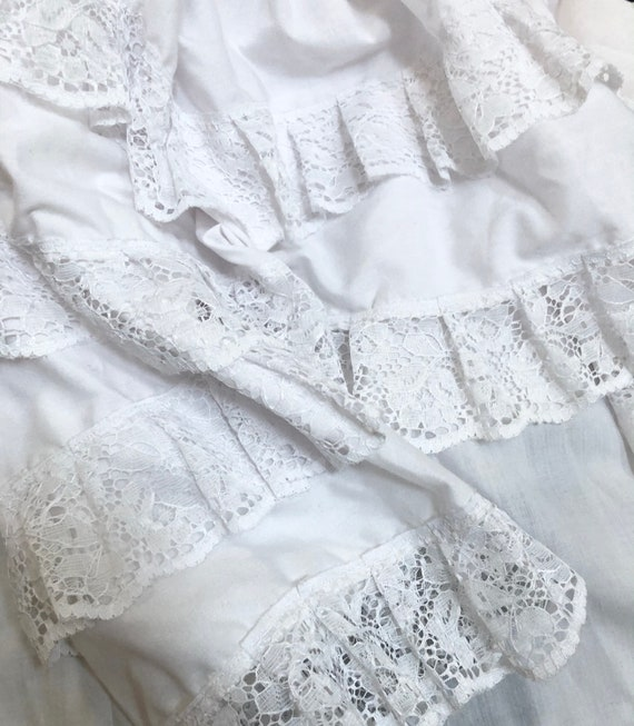 Vintage 70s White Ruffled Lace Peasant Top L Gyps… - image 8
