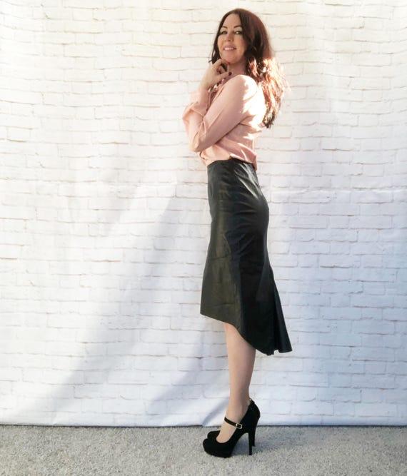 Vintage 80s Does Victorian Black Leather Hi Low Me
