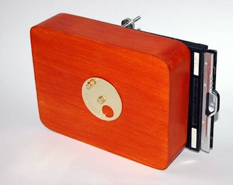 Vermeer 4x5 inch wooden pinhole camera