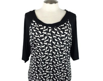 Plus size tunic top - Cutest Cat print - Plus size Tops - Plus size clothing for fall in your size xl - 1x - 2x - 3x