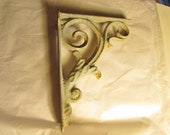 ONE Cast Iron Shelf Bracket Scroll Design in Old Blue Paint Antique Victorian Vintage 6362