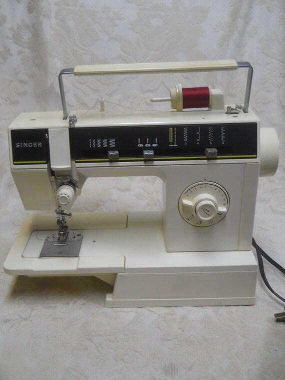 Vintage Singer 40C Sewing MachineWorking LightPower Cord Etsy Inspiration Singer Sewing Machine 6212c