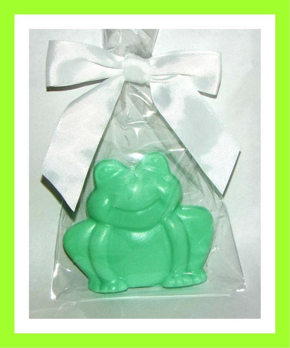 24 Frog Soap Favors,Baby Shower Favor,Personalized Baby Shower Button Pin,Its a Girl,Its a Boy,Kid Soap,Animal Soap