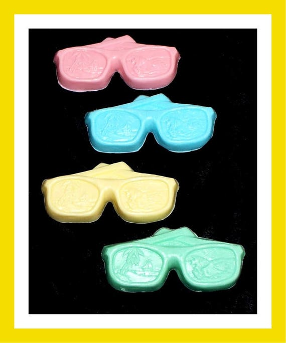 24 Sunglass Soap Favors,Birthday Party Favor,Baby Shower,Personalized Button,Beach Favor,Teen Favors,Girl Party Favor