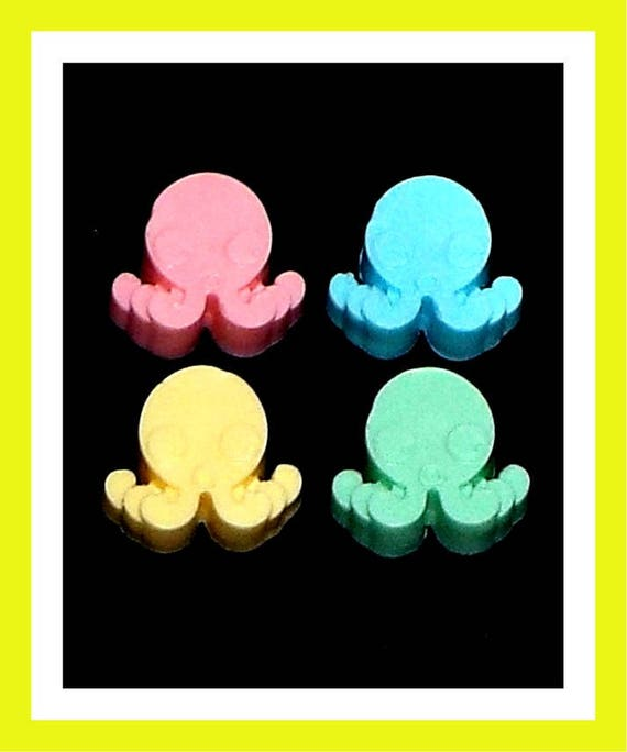24 Octopus Soap Favors,Baby Shower Favors,Birthday Party Favors,Personalized Button Pin,Ocean Theme