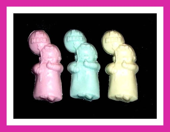 24 It's a Girl Soap Favors,Baby Shower Favors,Personalized Baby Shower Button Pin,Its a Girl,Baby Girl Balloons