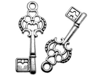 10 Antique Silver Skeleton Key Charms / Small Silver Key Charms  28x12mm -- Lead, Nickel & Cadmium free A26