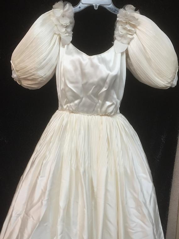 Vintage Satin Wedding Dress/White Satin Dress/Vint