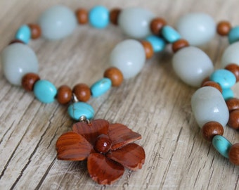 Wooden Flower and Blue Stone Necklace and Earring Set / Jewelry Set / Wood Flower / Blue Necklace / Gifts for Her / Gifts for Women / Beachy
