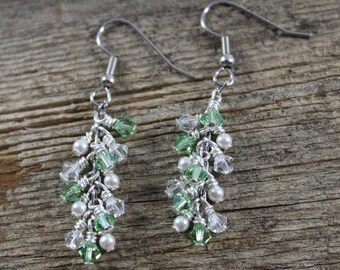 Peridot Green and Pearl Dangle Earrings, Swarovski Crystal and Swarovski Crystal Pearls / Green Earrings / Gifts for Her / Gifts for Women