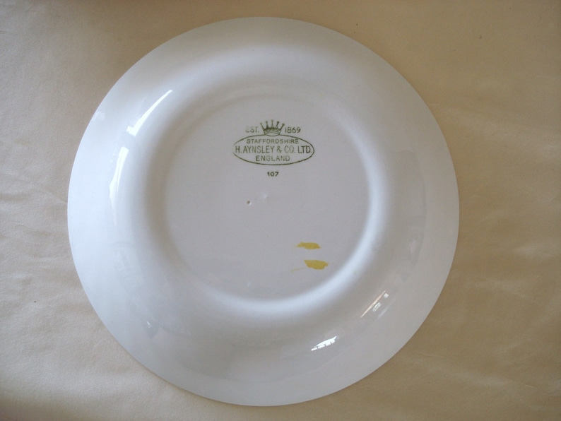 Staffordshire Aynsley And Co  England Maple Leaf Design Soup Pasta Bowls.