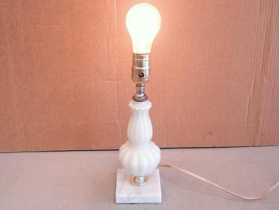 Vintage Underwriters Laboratories Inc, Underwriters Laboratories Lamp Vintage
