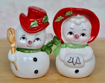Kitchen Chef Couple Shaker Set Display Japan Collectible D\u00e9cor Vintage Chef Couple Salt and Pepper Shakers Gift