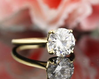 2ct Moissanite Engagement Ring Solid 14K Yellow or white Gold (Simulated Diamond available)