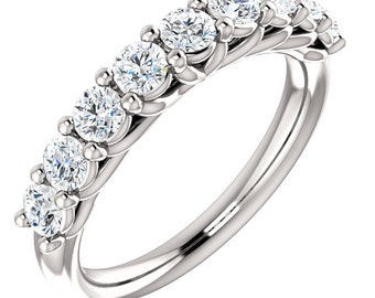 <> Moissanite Rings(New)