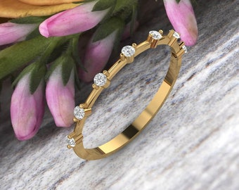 Dainty 7 Moissanites Ring in 14k Solid Gold, Lovely Gift for Her, Delicate Stackable Ring, Thin Moissanite Ring