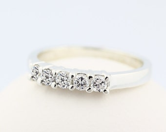 Stunning Natural Diamond 14k White Gold  Wedding Band Ring