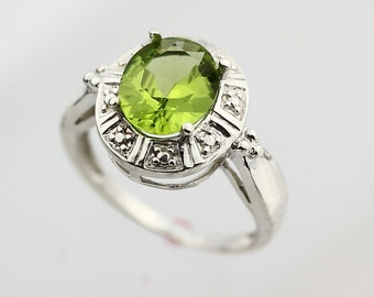 Natural Green Peridot Solid 14K White Gold solitaire Ring